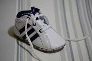 נעל ממותגת