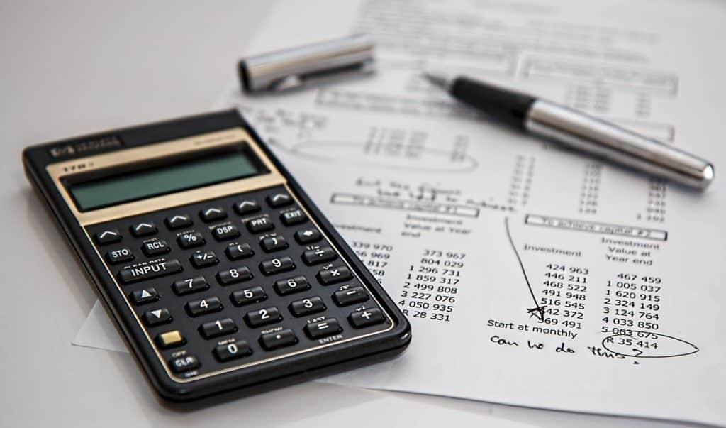 מחשבון, עט ודפים
